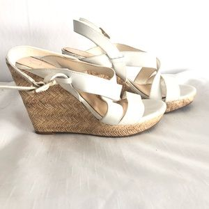 🌸3/$25 Jessica Simpson white straw wedges, Sz 9